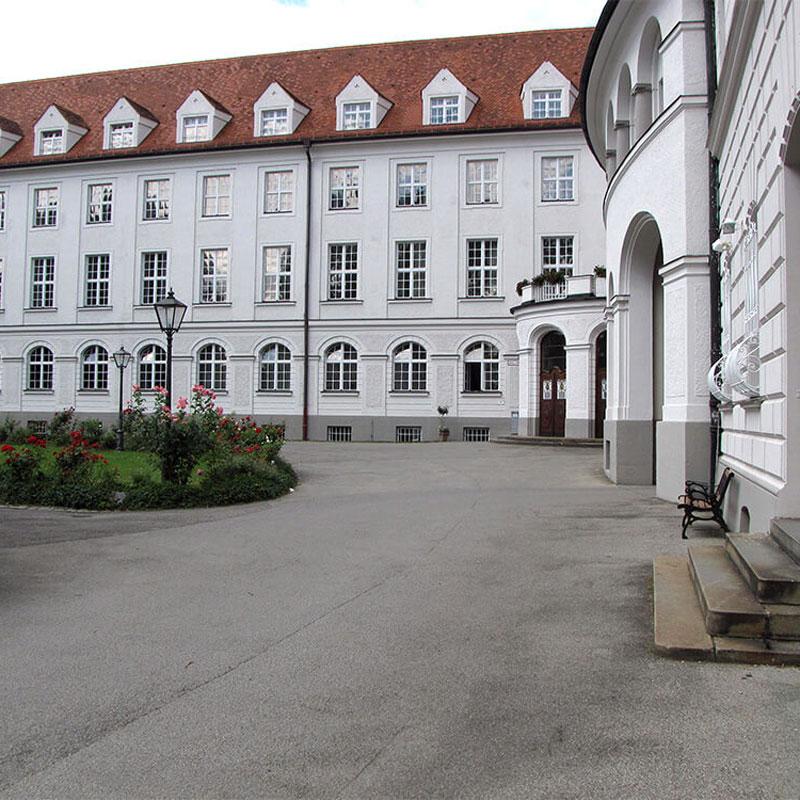 Maria Ward Schule